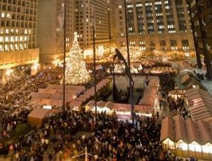 Christkindlmarket in Daley Plaza (City of Chicago photo)