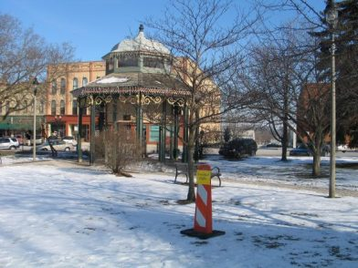 Woodstock Square and 'Groundhog Day' movie sites. (Photo by J Jacobs)